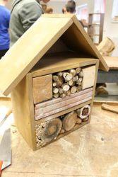 Výroba hmyzího domku