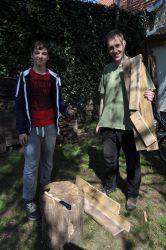 Stavba ježčího úkrytu v Čejkovicích